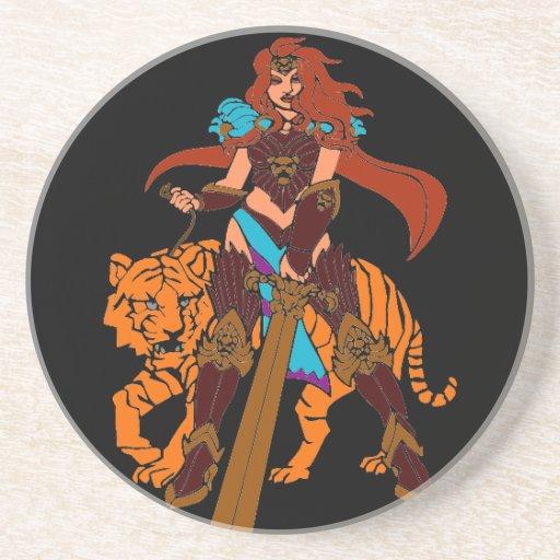 Guerrero femenino con el tigre y la espada posavasos cerveza