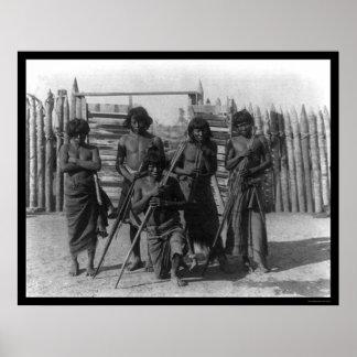 Guerreros y armas indios 1902 del Amazonas Póster