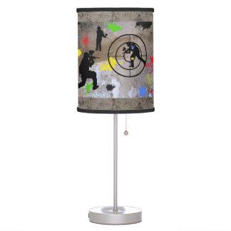 Guerrilla urbana Paintball Lámpara De Mesilla De Noche