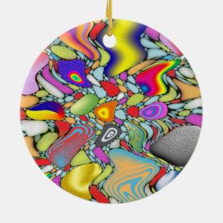 Guijarros abstractos de la playa adorno navideño redondo de cerámica