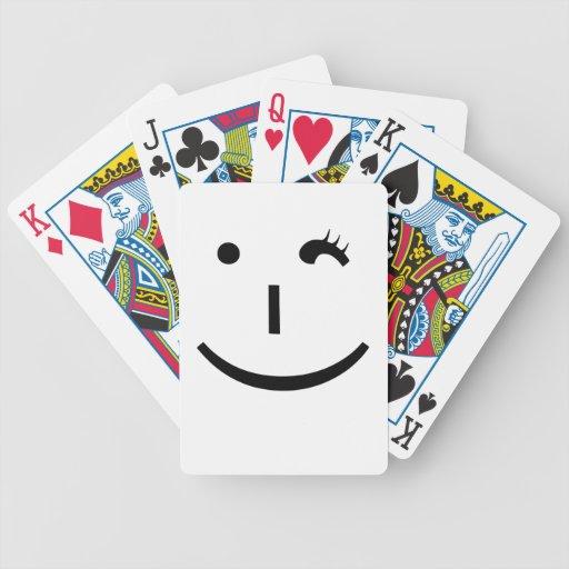 guiñando el emoticon - una manera de la diversión  barajas de cartas