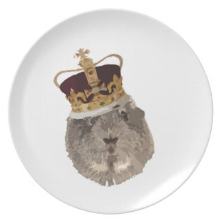 Guineapig in a crown dinner plate