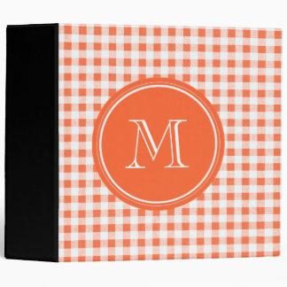 guinga anaranjada y blanca, su monograma