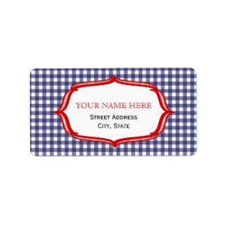 Guinga azul y etiqueta de dirección roja