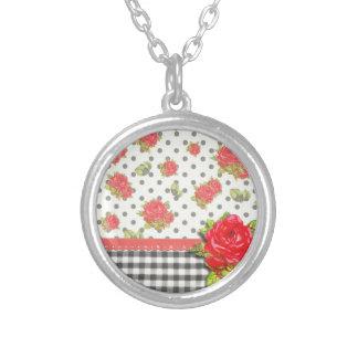 Guinga negra con los rosas rojos y los puntos pendiente personalizado