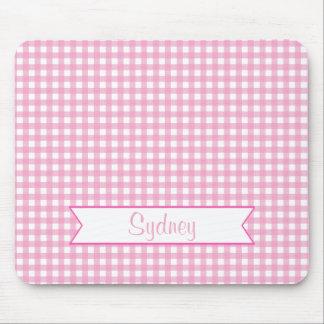 Guinga rosada y blanca con nombre de encargo tapete de ratón