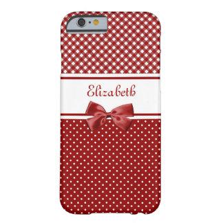 Guinga y lunares rojos y blancos con nombre funda para iPhone 6 barely there