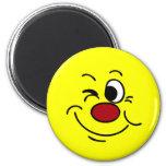 Guiño de la cara sonriente Grumpey Imán