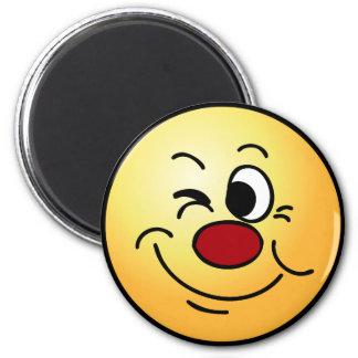 Guiño de la cara sonriente Grumpey Imán Redondo 5 Cm