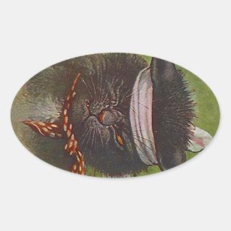Guiño de la expresión del gato negro del medio de calcomanía ovalada