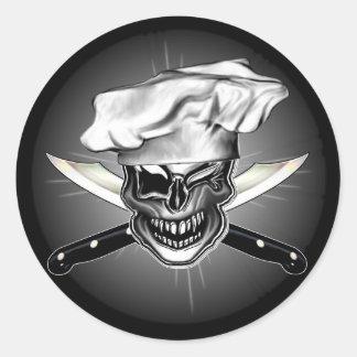 Guiño del cráneo del cocinero pegatina redonda