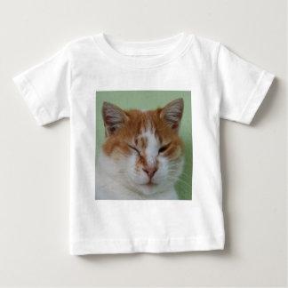 Guiño lindo del gato del color del BI Polera