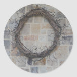 Guirnalda de la vid en la chimenea de piedra pegatina redonda