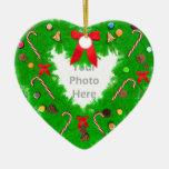 Guirnalda del corazón del navidad (marco de la fot