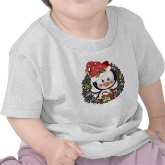 Guirnalda del día de fiesta del pingüino del navid camisetas
