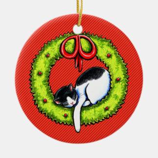 Guirnalda del gato del gatito del navidad adorno navideño redondo de cerámica