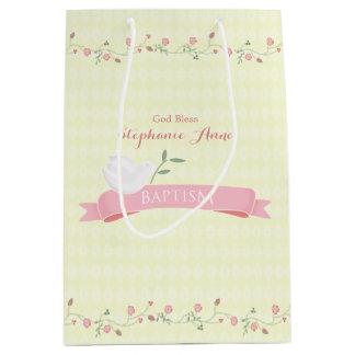 Guirnalda floral rosada del bautismo bolsa de regalo mediana