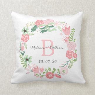 Guirnalda floral rosada personalizada casando la cojines