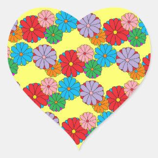 Guirnalda florecida pegatina en forma de corazón