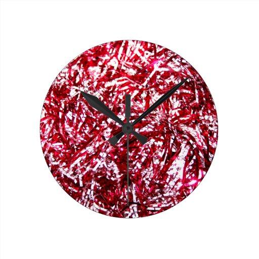 Guirnalda roja y de plata del navidad reloj