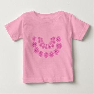 Guirnaldas rosadas de la flor del AMOR P I   N K Playera De Bebé