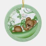 Guisante en una etiqueta del regalo del ornamento ornaments para arbol de navidad