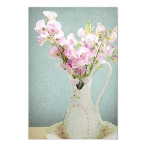 Guisantes de olor en florero antiguo arte fotografico