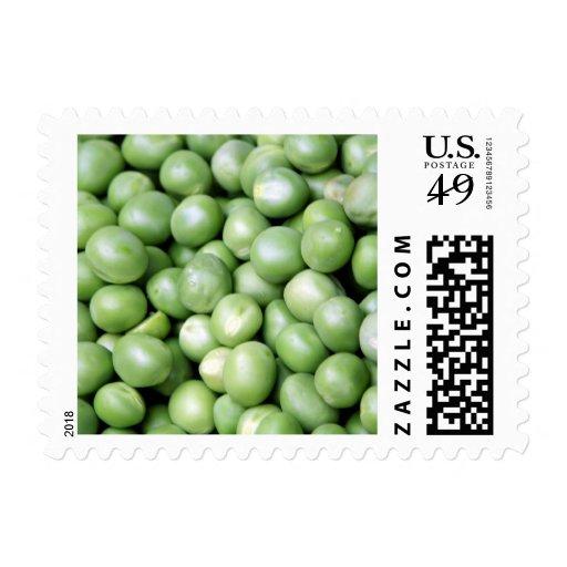 Guisantes en una pila sellos