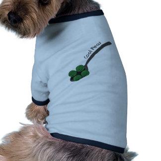 Guisantes frescos camisa de perro