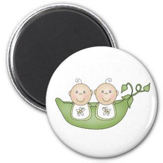 Guisantes gemelos en una vaina imán redondo 5 cm