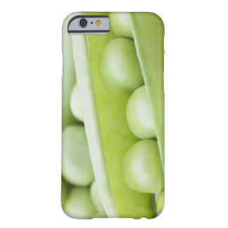 Guisantes orgánicos frescos funda de iPhone 6 barely there