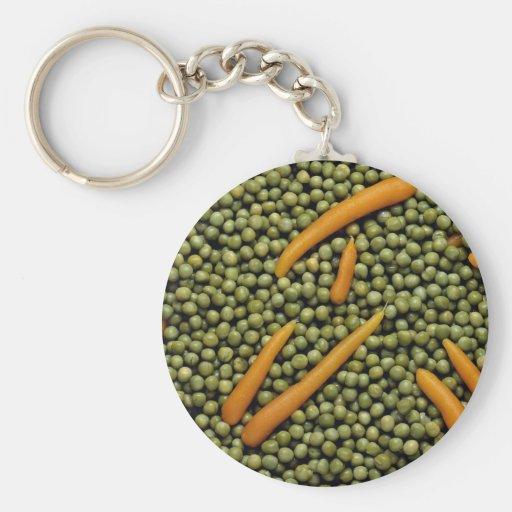 Guisantes verdes y zanahorias llaveros