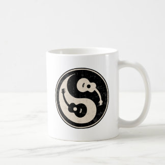guit-yang1-blk-tan-T Coffee Mug