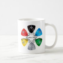 illustration, guitar, guitar-pick, music, rock, rock-and, roll, colorful, black, red, yellow, gray, blue, punk, bass, band, graphic, design, round, triangle, Caneca com design gráfico personalizado