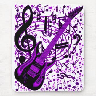 Guitar_ púrpura mousepads