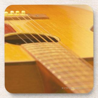 Guitarra acústica 5 posavasos de bebida