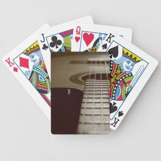 Guitarra acústica barajas de cartas