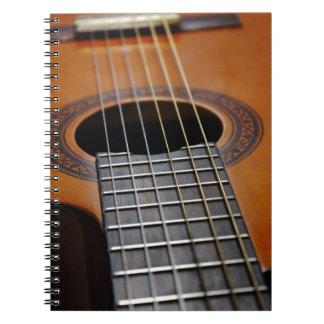 Guitarra acústica clásica libreta espiral