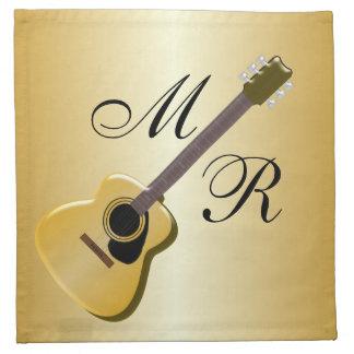 Guitarra acústica con monograma servilleta imprimida