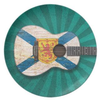 Guitarra acústica de la bandera gastada de Nueva E Platos De Comidas