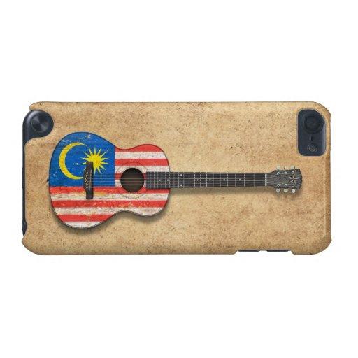 Guitarra acústica de la bandera malasia gastada