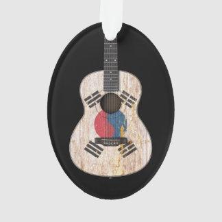 Guitarra acústica de la bandera surcoreana gastada