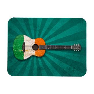 Guitarra acústica envejecida y llevada de la bande iman flexible