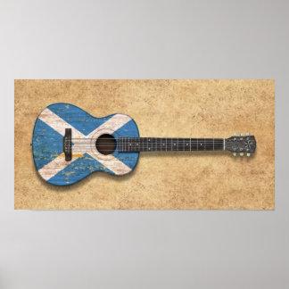 Guitarra acústica envejecida y llevada de la bande impresiones
