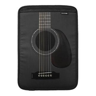 Guitarra acústica negra fundas macbook air