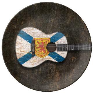 Guitarra acústica rasguñada de la bandera de Nueva Platos De Cerámica