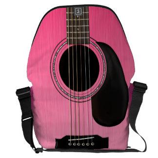 Guitarra acústica rosada bolsa messenger
