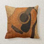 Guitarra acústica rústica cojines