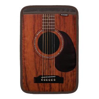 Guitarra acústica superior de caoba fundas MacBook