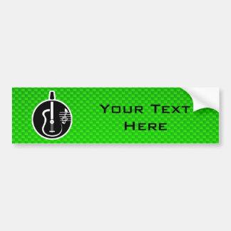 Guitarra acústica verde etiqueta de parachoque